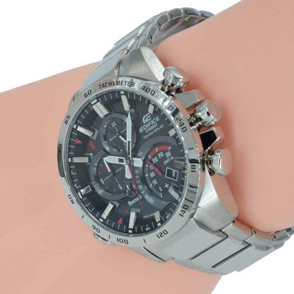 Casio Edifice Herrenuhr Smartwatch EQB-501XD-1AER Bluetooth Front